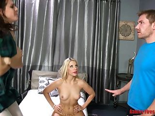 Mommy Vs Daughter Sex Off (modern Taboo Family)