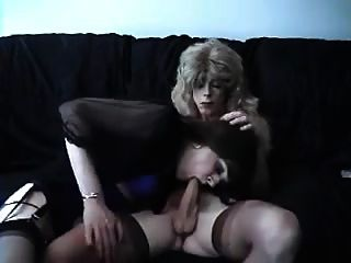 Crossdressers Sucking