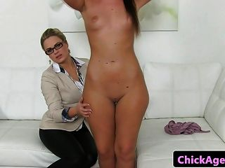 Lesbian Female Agent Orally Pleasured