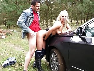 Teen Stops The Car And Fucks Her Guy