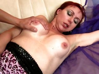 Amateur Mother Suck And Fuck Fat Young Cock