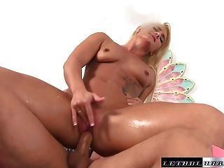 Teen hottie cali squirts while getting fucked by big cock 2