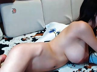 Great Body With Nice Tits And Big Nipples