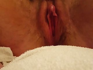 Big Clit Squirting Pussy