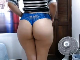 Pawg Shaking Her Big Round Ass Spreading Ass Cheeks