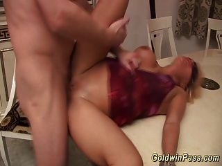 Busty Milf Gets Deep Fisted