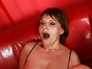 Mature Get Fisted ,toyed And Get Her Pussy Pumped