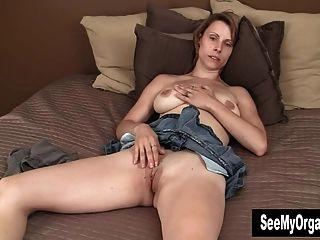 Sexy Harley Masturbating For Orgasm