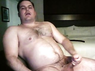 Muscle Bear With Nice Cock
