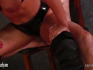 Mistress Carly Feeds Cuckold Slave Her Hot Spunky Pussy