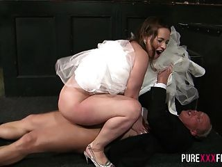 Sucking On The Best Man