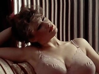 Lingerie Daydream - Vintage 80