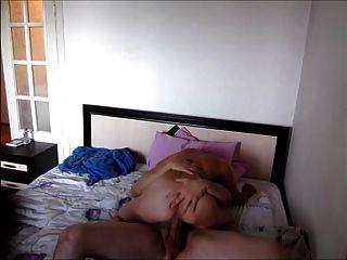 Lora Superb Russian Sensual Kissing And Hot Creampie