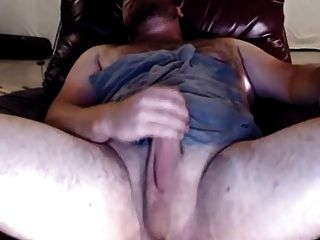 Sexy Bear With Great Body And Thick Cock
