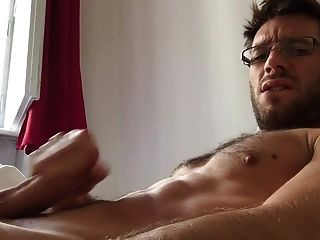Morning Cumshot (sexy Austrian Guy)