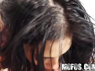 Mofos - Latina Sex Tapes - Adrianna Reed - Fine-ass Latinas