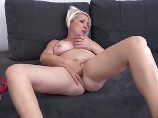 Real Amateur Mom Wants To Be Fucked In All Holes