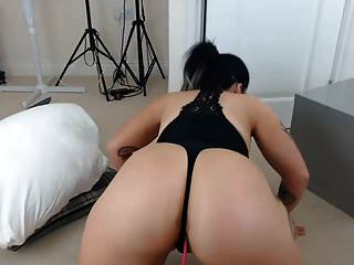 Ass Shaking Booty Jiggle Pawg