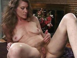 Hairy Mature Mom.