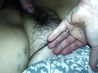 Guy Sticks Head In Pussy