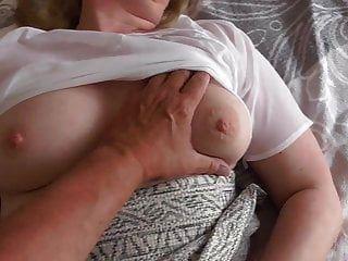 Katja aus Leipzig im privat Porno Deutsch beim Blowjob