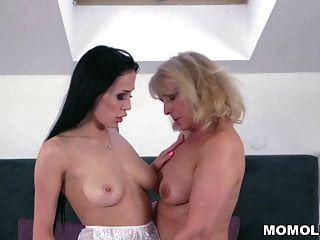 Nasty Ass Licking Lesbians