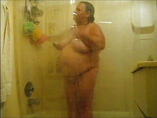 Charming Women 16 (shower)