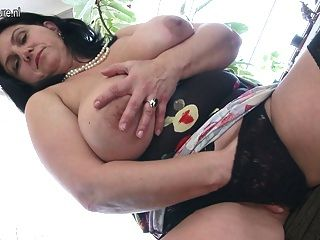 Young vagina pussy cream porn photos pics