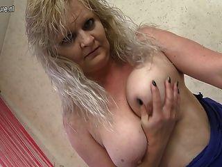 Suspender sex suck photos