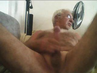 Abuelo polla desnuda