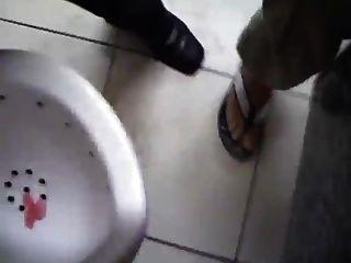 Mi amigo me pilla masturbandome en el wc porno gay Vergas Grandes En Banos Publicos Free Sex Videos Watch Beautiful And Exciting Vergas Grandes En Banos Publicos Porn At Anybunny Com